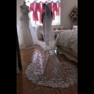 Accessories - Ivory Cathedral Veil with Lace & Sequins